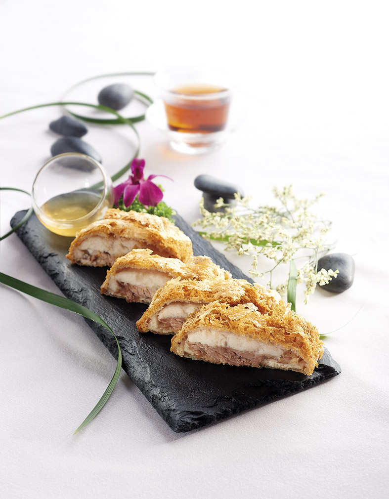 deep-fried-steamed-duck-with-yam-paste