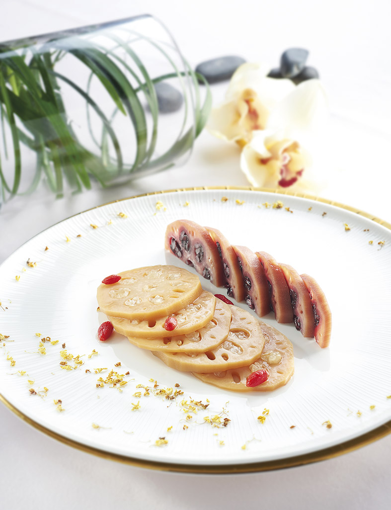 Stuffed Lotus Root with Osmanthus Glaze – 桂花糯米藕