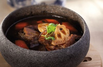 Lotus Root-Carrot Stew With Soft Bone